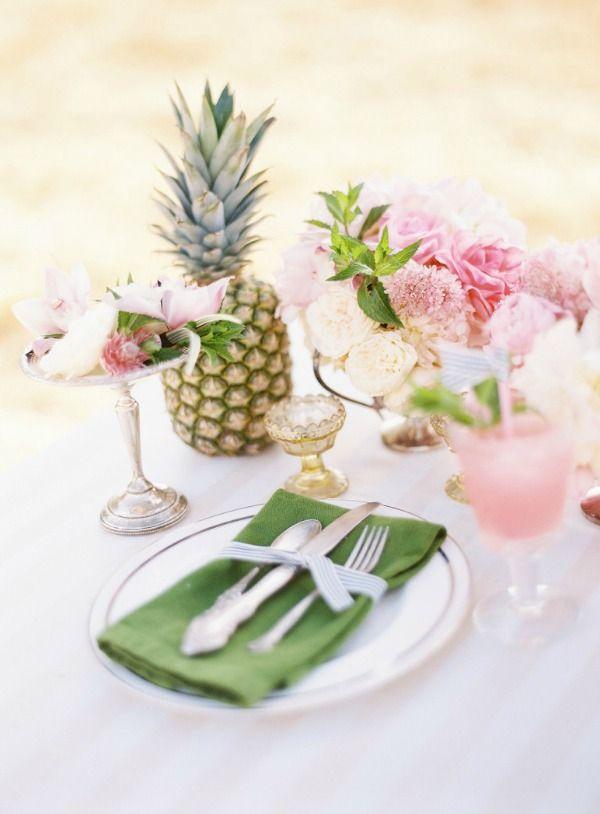 Hawaii Wedding Theme Ideas | @bajanwed photo by Ryan Ray Photography via Oak & The Owl