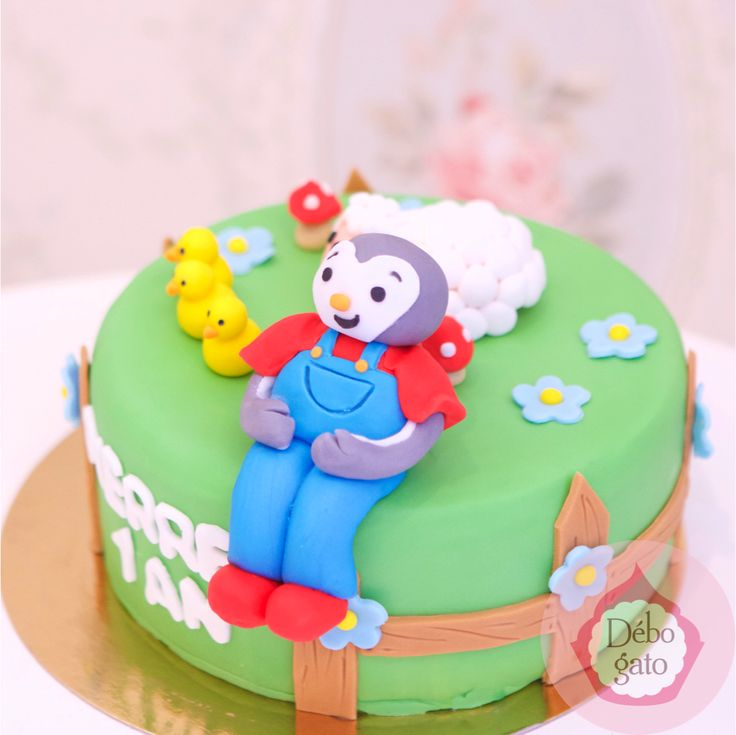 1000 ideas about paris birthday cakes on pinterest - Gateau anniversaire tchoupi ...