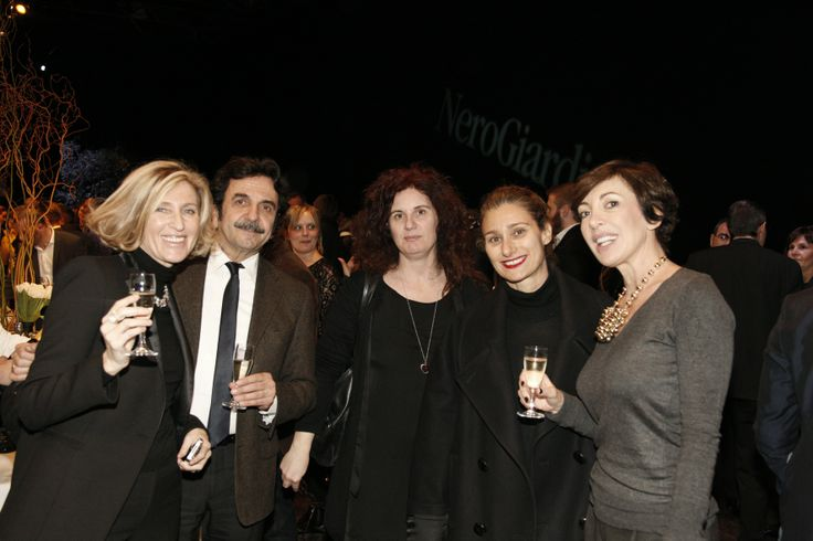 Carlotta Marioni, Angelo Sacchi, Laura Moietta, Michela Guasco e Cristina Puja #stileitaliano #NeroGiardini