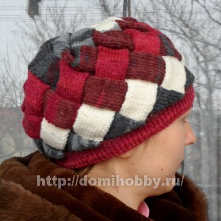 Зимняя шапка спицами узором энтерлак