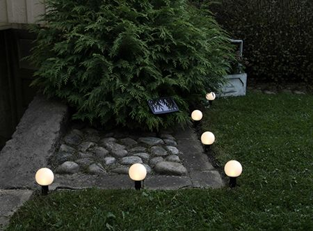 Solenergi trädgårdspinnar, vit