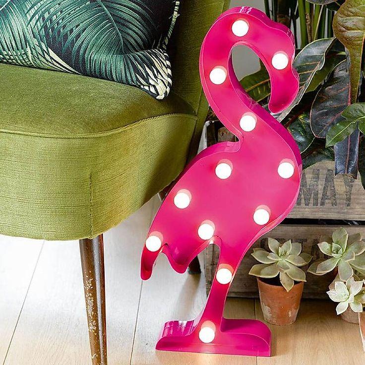 La lámpara flamenco dará un nota de color a tu casa