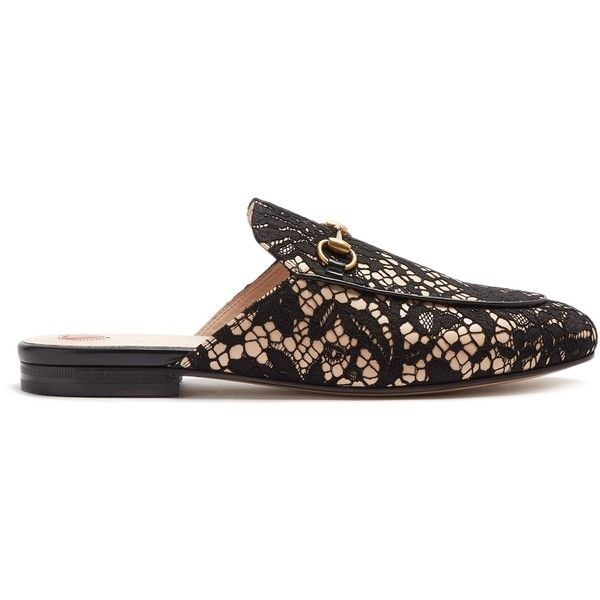 Gucci Princetown floral-lace backless loafers (10.380.235 IDR) ❤ liked on Polyvore featuring shoes, loafers, black, loafers moccasins, lace shoes, horsebit loafers, black lace shoes and black evening shoes