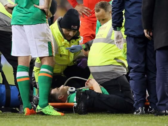 Coleman's horror injury will spur Everton on against Liverpool, insists Phil Jagielka     Phil Jagielka insists the horrific injury suffered by Seamus Coleman will spur Everton on, rather than weaken them, in the Merseyside derby against Liverpool on Saturday.  The Republic of Ireland defender is facing up to a year on the sidelines after undergoing an operation for a broken.... >>> See More >>>https://www.vintageinfo.com.ng/colemans-horror-injury-will-spur-everton-on-a