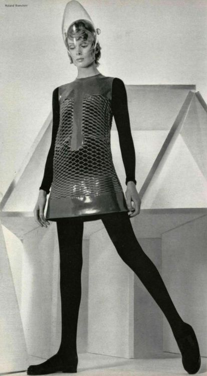 pierre cardin space age fashion