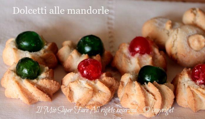 Dolcetti alle mandorle morbidi | Pasticcini di pasta di mandorle #dolcettiallemandorle #pasticcini #mandorle #ricetteconmandorle #dolcisiciliani