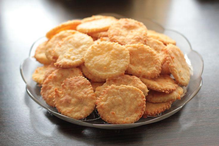 Сырное печенье - рецепт с фото - как приготовить - ингредиенты, состав, время приготовления - Дети Mail.Ru