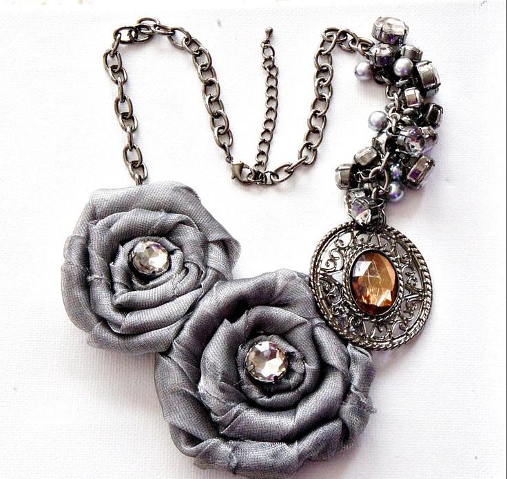 Gray Chiffon Flower Necklace