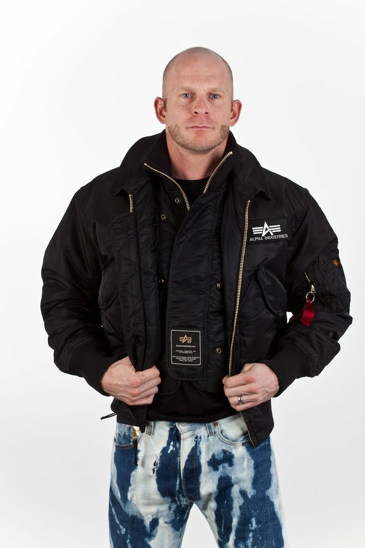 In Stock: Alpha X-Force Flight Jacket: £199  The famous X-Force jacket offers many possibilities, as it has an additional vest which you can be worn on its own, under or above the jacket itself.   Furthermore, the X-Force jacket has many pockets for a lot of storage.   RRP £230, the jacket is now available at Bleachers and CO for £199!  Available only in Small (black).  Find out more…http://bit.ly/1jAygMG…