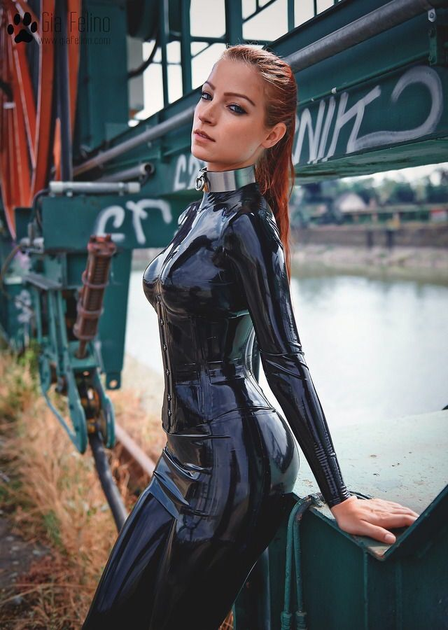 39 Best Gia Fellino Images On Pinterest  Latex Fashion -9204