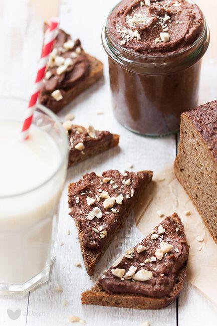 Cieciorella – słodki krem czekoladowy z ciecierzycy   erVegan - kuchnia roślinna