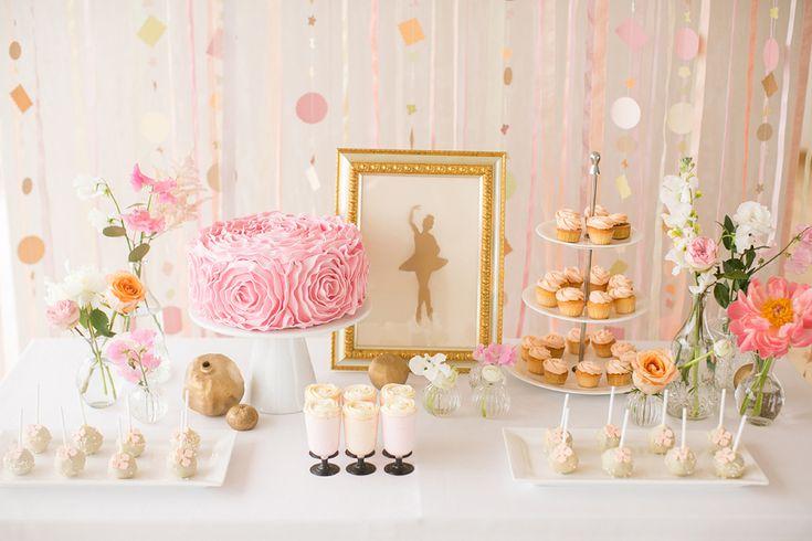 Ethereal Ballet Wedding Inspiration | a sweet idea for candy bar | балерины | балет |  сладкий стол | свадьба http://svetamart.ru/wedding/gallery/wedding-look/