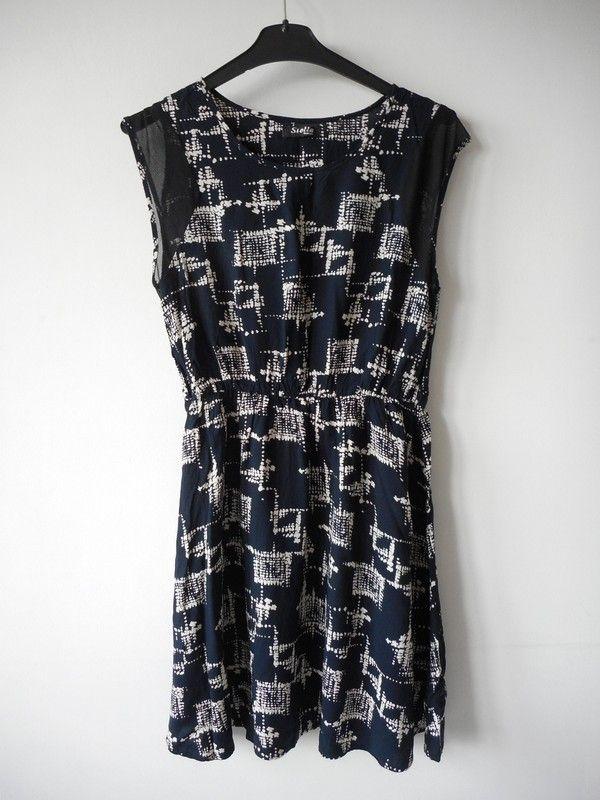 e7342977bd716d Stella sukienka granatowa wzorek r. 38 - vinted.pl | dress | Pinterest