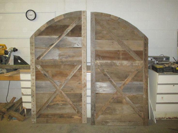 barn doors for horseshoes