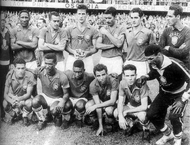 99 juegos de Brasil en Mundiales son material de mitos y leyenda - http://notimundo.com.mx/deportes/99-juegos-de-brasil-en-mundiales-son-material-de-mitos-y-leyenda-538923