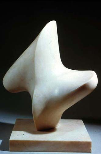 "Henry Moore,""Upright Form"", 1966"