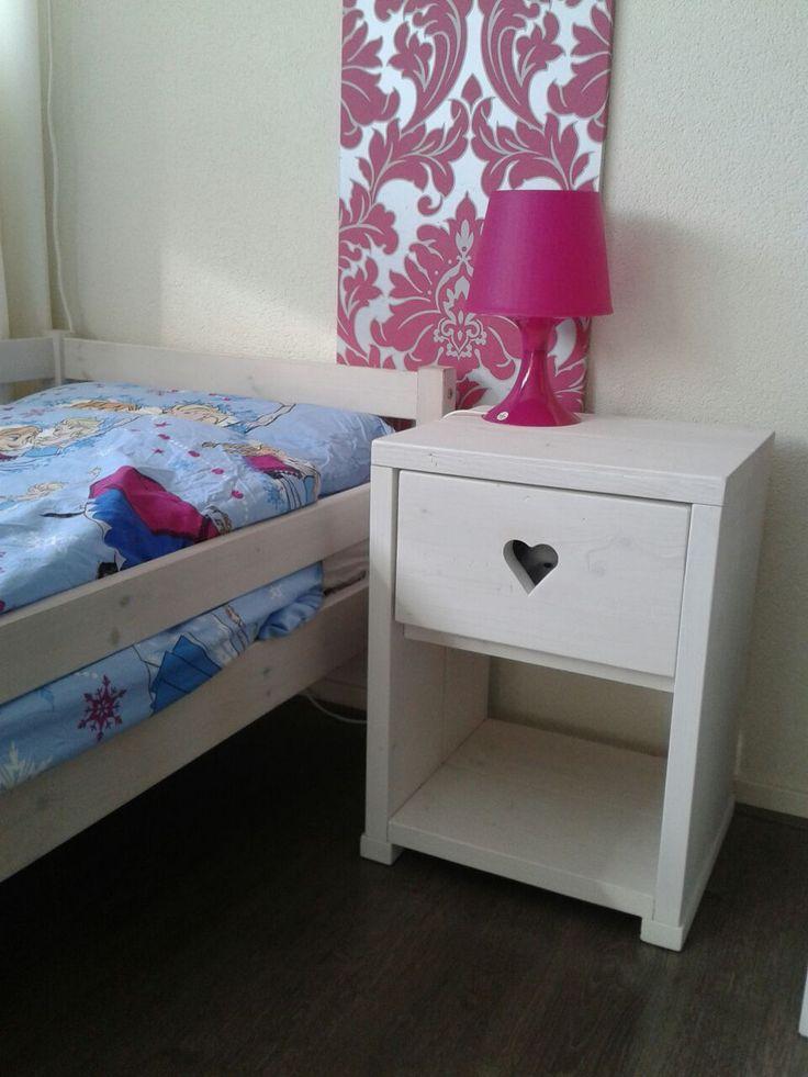 steigerhout zwolle nachtkastje meubelmaker www.robuustemeubels.nl