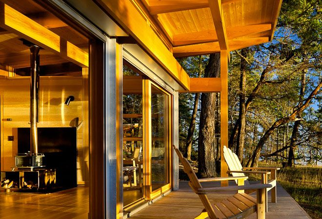 Weekend Cabin: Gulf Islands, British Columbia