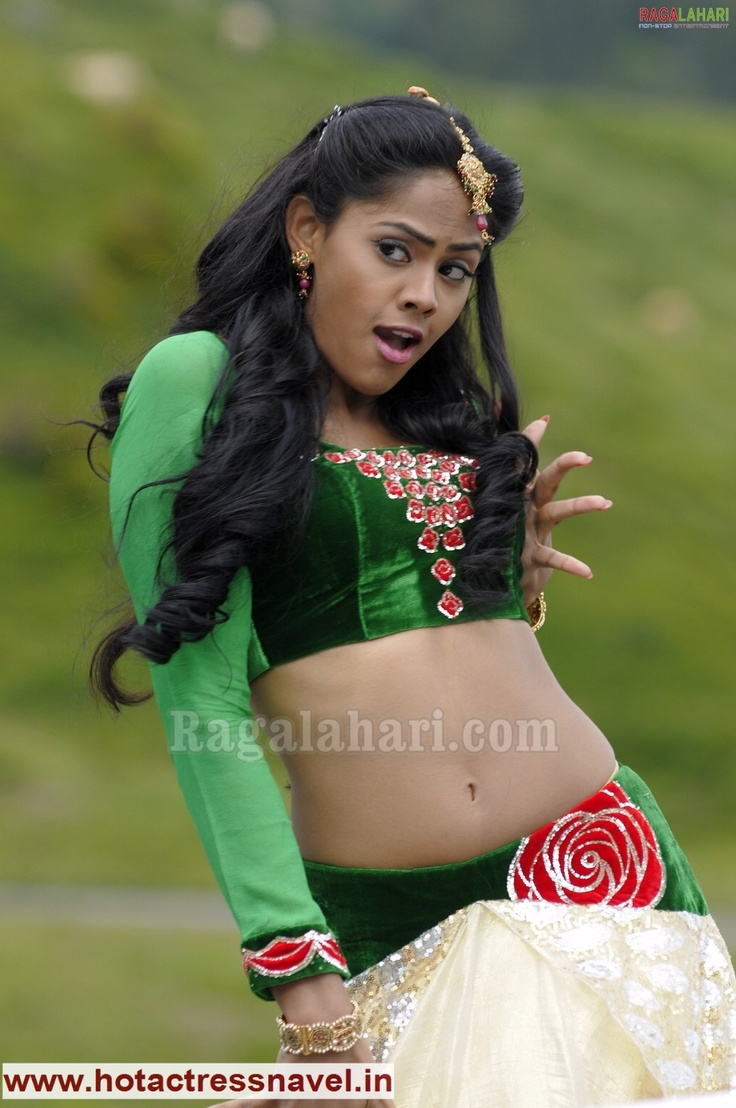 Malayalam Actress Fake Navel: Navel, Cleavage, Thighs, Legs