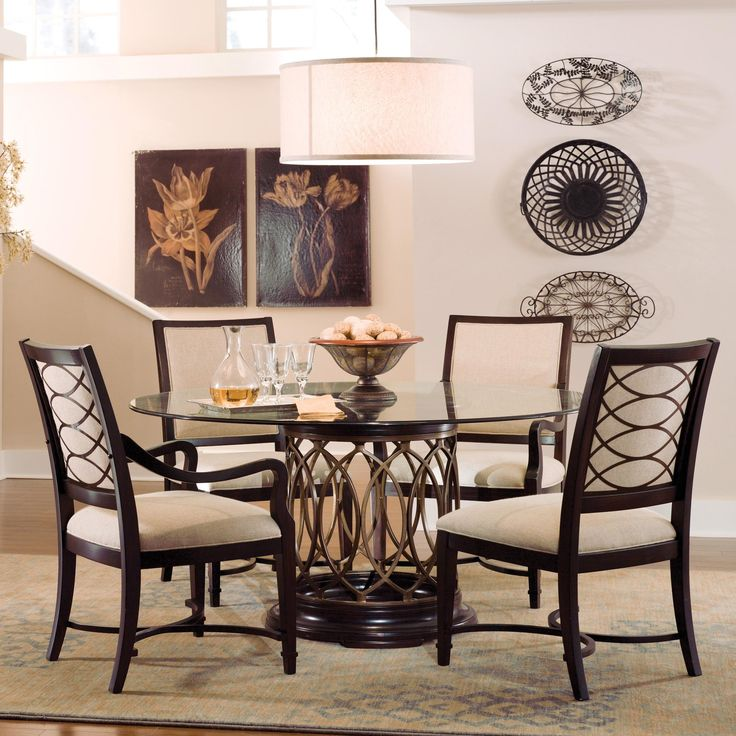 Marlo Furniture Rockville 725 Pike MD 20852 301 738 9000 Round Dining Room