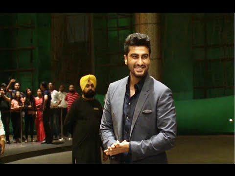WATCH Arjun Kapoor at Shahid Kapoor and Mira Rajput's wedding reception. See the full video at : https://youtu.be/TWLYr08cnzs #arjunkapoor