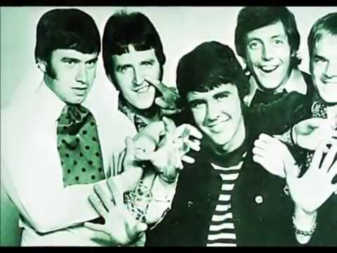 """The Dave Clark Five   """"It'll Only Hurt For A Little While""""  Stereo"""