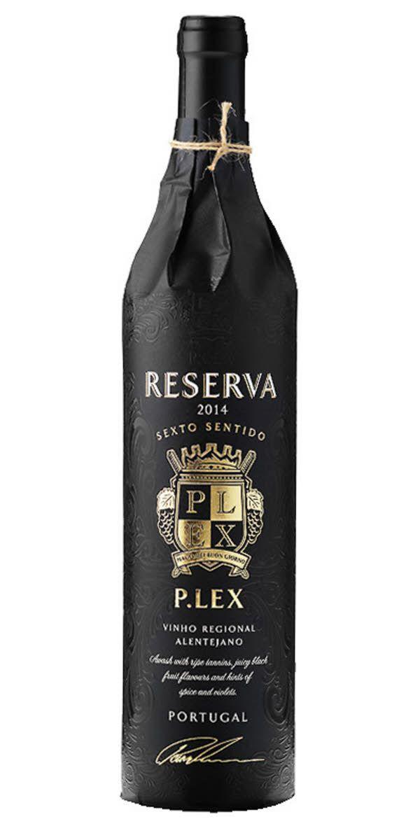 """Rapparen Petters bäst säljande röda vin med 79000 sålda flaskor 2016. Petter själv tycker att det är ett riktigt """"håll käften vin"""" som passar till smakrika kötträtter, gärna med svamp eller till en god ost."""