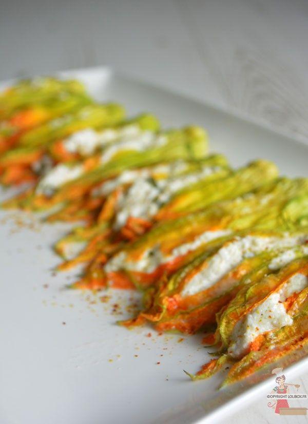 En entrée ou en accompagnement d'un plat, ces fleurs de courgette farcies à la ricotta raviront vos convives. - Fleur de courgette farcie à la ricotta - Lolibox - Recettes de cuisine
