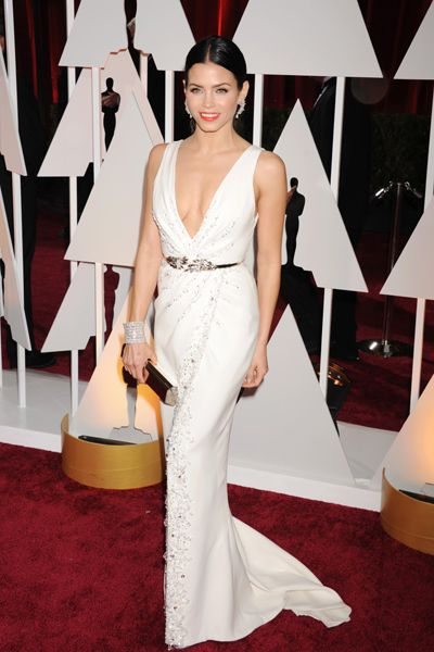 Jenna Dewan-Tatum almost overshadowed husband Channing when she arrived to the Oscars wearing Zuhair Murad Couture.