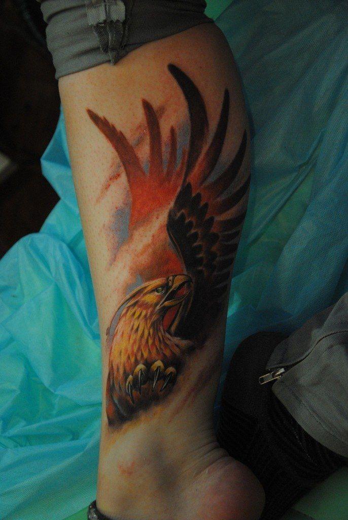 Татуировки На голени.