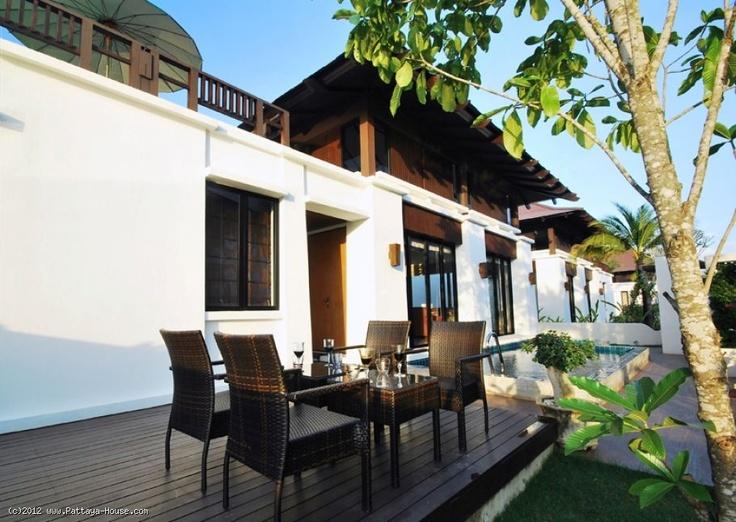 House at Oriental Beach in Rayong Thailand - The Rayong property: A great beach house with a private swimming pool in Rayong, Thailand.  Rayong House property Real Estate Condos for sale in Thailand http://www.pattaya-house.com/All-Properties/Rayong บ้าน ระยอง อสังหาริมทรัพย์ใน ที่ดินใน คอนโด สำหรับขาย | ประเทศไทย http://th.pattaya-house.com/อสังหาฯ-ทั้งหมด?ipquicksearch=1 บ้านในระยอง บ้านพักติดทะเลพร้อมสระว่ายน้ำส่วนตัว
