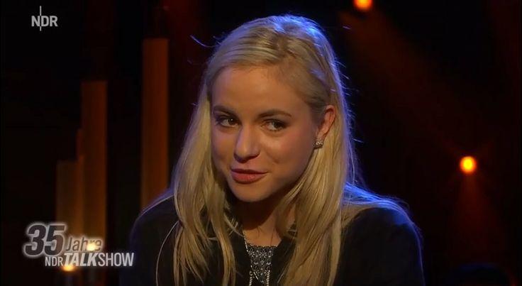 Julia Engelmann in der NDR Talk Show und so viel ungeteilte Andacht wie noch nie