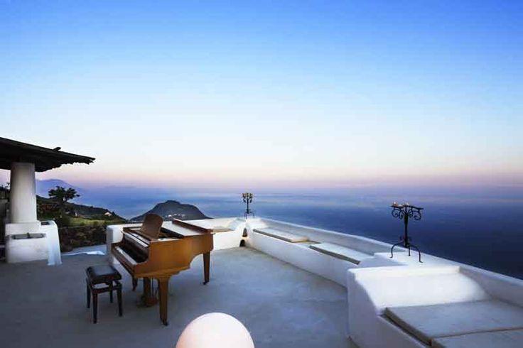 Villa sul mare a Filicudi, isole Eolie, Sicilia, ita