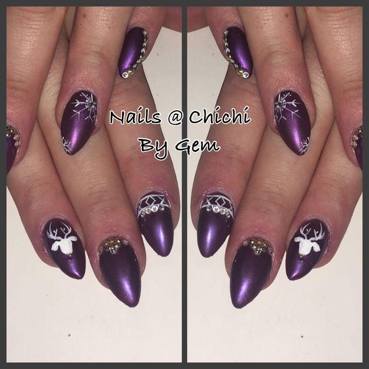 Hand painted reindeer xmas nail art purple