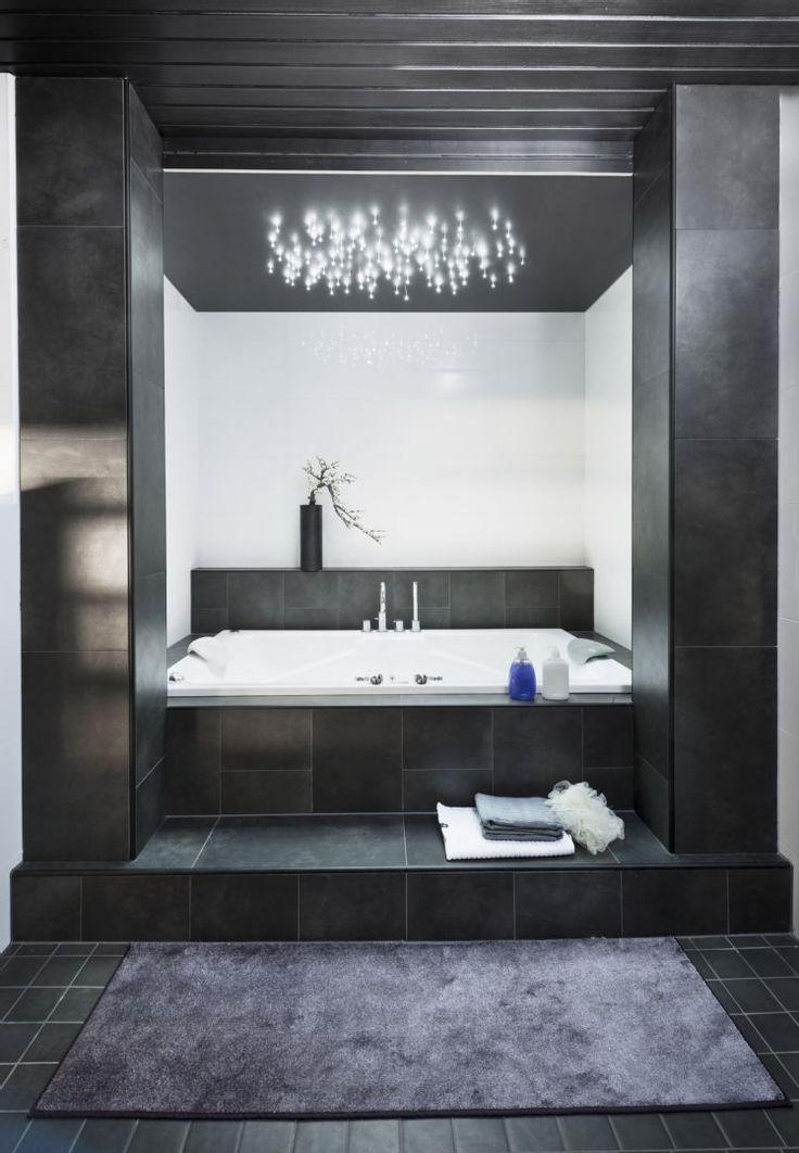 Moderni spa-tyylinen kylpyhuone tarjoaa luksusta ja silmänruokaa. Klikkaa kuvaa, niin näet tarkemmat tiedot!