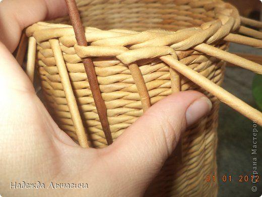 Мастер-класс Поделка изделие Плетение МК Загибки Бумага газетная Трубочки бумажные фото 23
