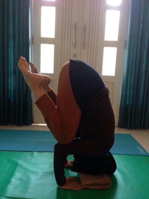 #tripodheadstand #yoga