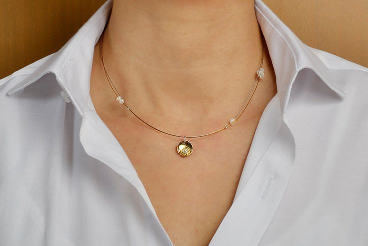Tiny pendant necklace, geometric pendant, pearl necklace,gold tone circle,tumbaga jewelry, dainty jewelry, minimal choker, delicate necklace by ColorLatinoJewelry on Etsy