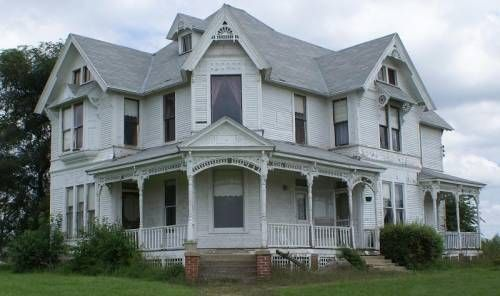 """House from the end of the movie """"Twister"""". I know exactly where it's located....Near Grundy Center"""