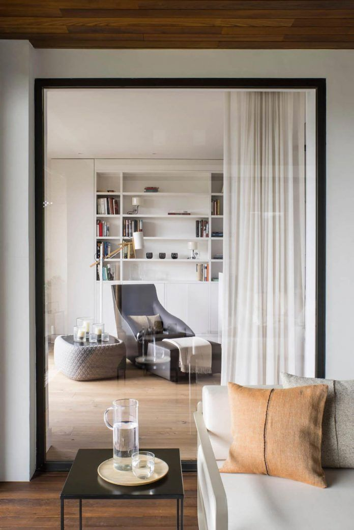 Bright and peaceful apartment also enjoys one of the best views of the city - CAANdesign