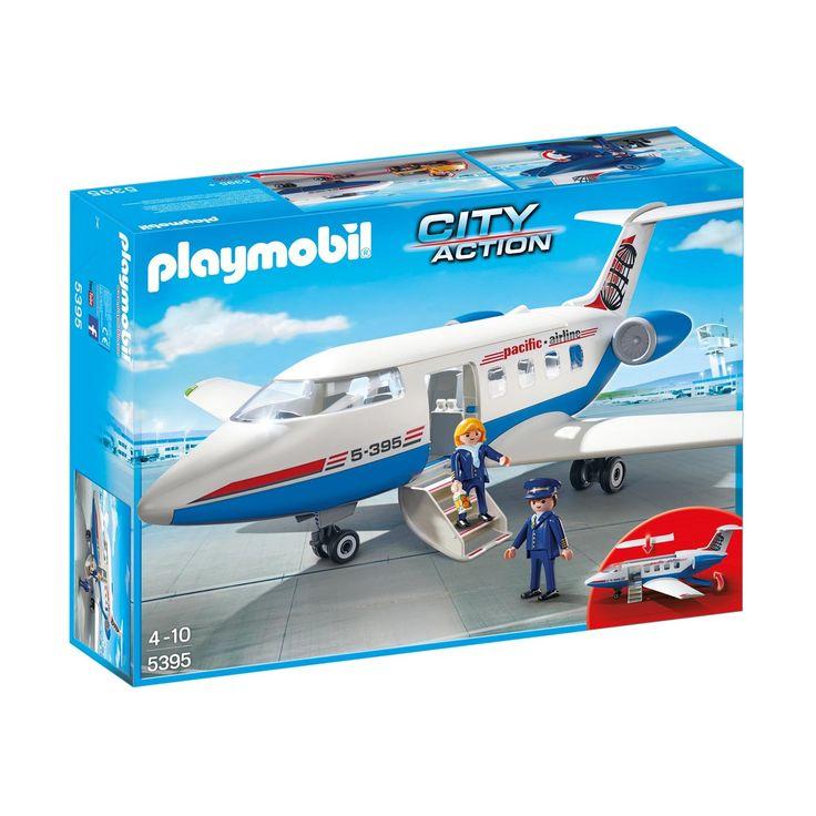 Ben je klaar om op te stijgen? Je kan met de Passagiersvliegtuig van Playmobil onwijs lange vluchten maken. Hier is ruimte voor een piloot, stewardess en zitplaatsen voor 7 passagiers! Afmeting: verpakking 51,5 x 38,5 x 12,5 cm - Playmobil 5395 Passagiersvliegtuig
