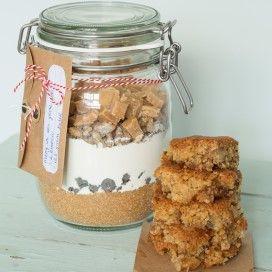 Ingrediënten voor karamelcakejes in een weckpot met recept, als cadeau-idee van Landleven.