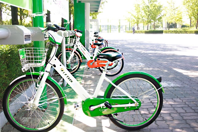FIFTEEN, the bicycle rental services with only 1,000 KRW!  Wanna feel the breeze with bicycle?  The answer is right here!