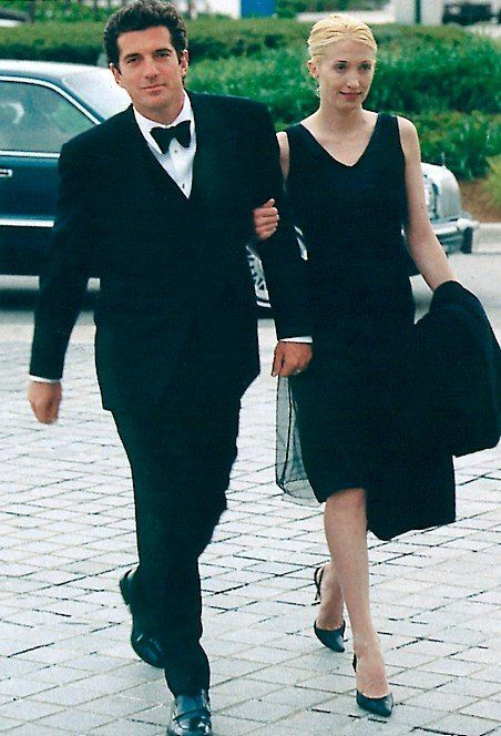 Carolyn Bessette-Kennedy   John kennedy jr, Carolyn
