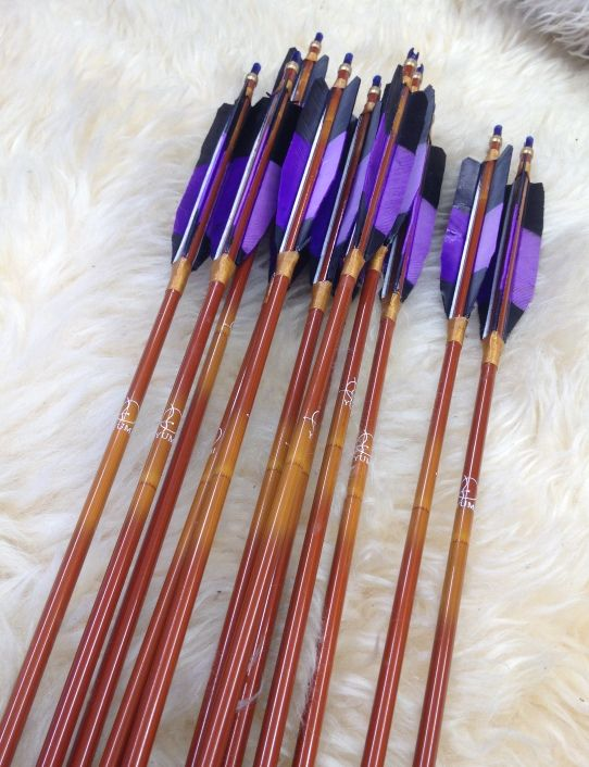 "Dozen 32"", 500 spine, Black/Purple Yumi Carbon Arrows - SOLD - 7 Meadows Archery"