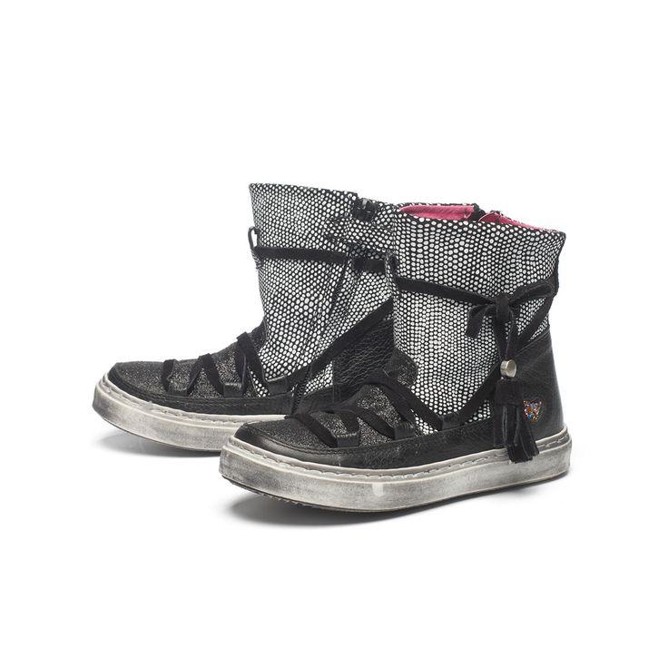 mim 383 Black and white mim-pi boots, made in sunny Portugal. #kinderschoenen #kinderlaarzen