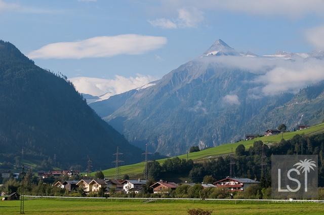 Austria: Luxury Spa Hotel - http://livesharetravel.com/5534/luxury-spa-hotels-tauern-spa-hotel/