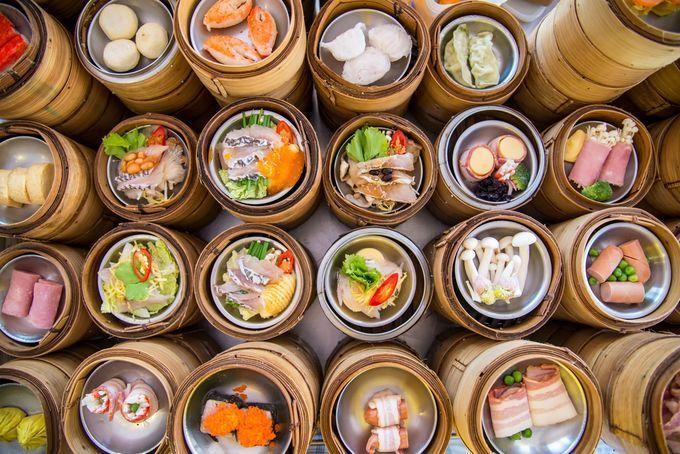 みなさん日本からたった4時間ほどで超絶品料理にあふれている地があることをご存知でしたか?その気になる場所は「香港」。今回は、一度は食べたい香港の「絶品グルメ」をご紹介します。