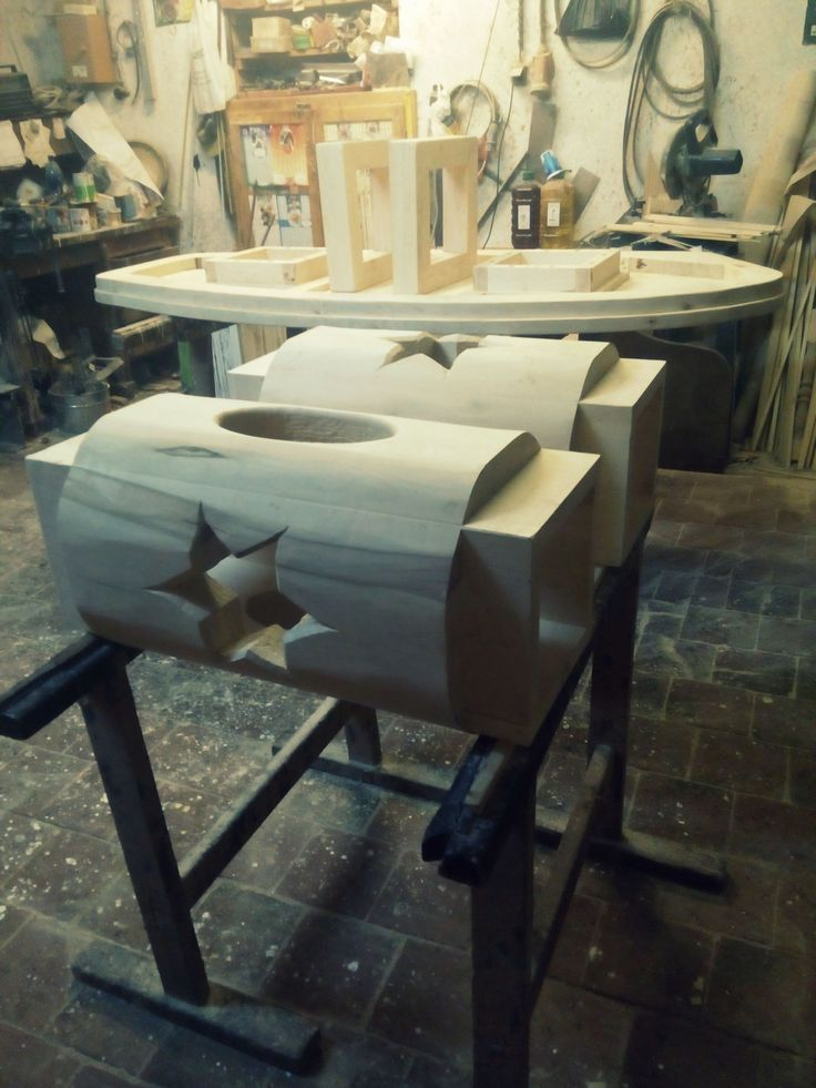 ecovastudesign / Hercik Residence / 2014 / parts of the oval table.. getting ready at the shop