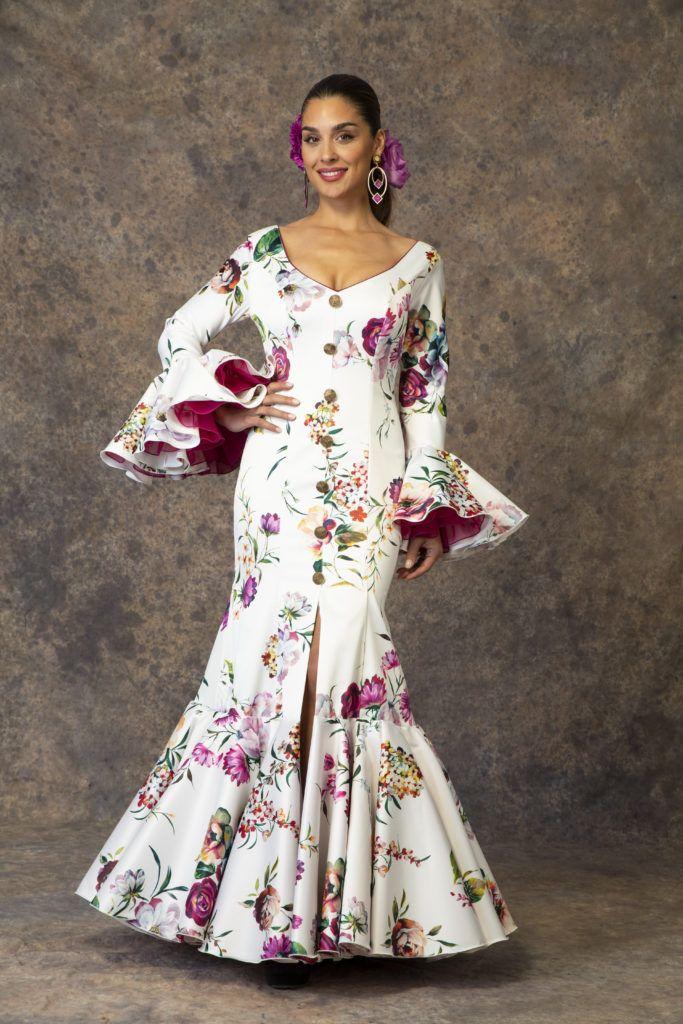 d3b69cc5b09d1 Nuevo traje de flamenca de Aires de Feria 2019. Modelo Rocío ...